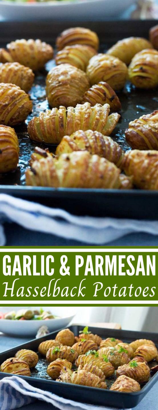 Mini garlic & parmesan hasselback potatoes #easy #vegetarian #sidedish #lunch #baked