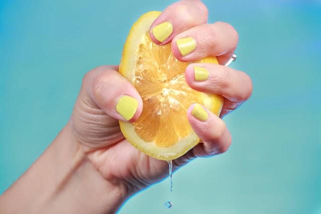 lemon lemon and empty stomach