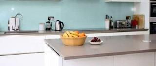 Ide Splashback untuk Kitchen Set Minimalis