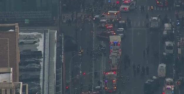 De último minuto.- NUEVA YORK: Explosión sacude terminal de trenes y autobuses