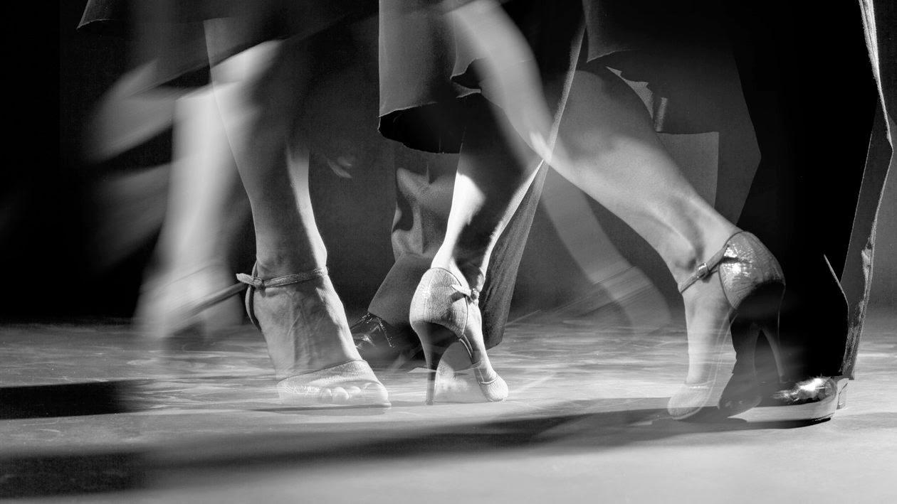 24ce8c31364 Το Tango παρέχει σαν χορός μια μοναδική ελευθερία - της μουσικής ερμηνείας.  Σε αντίθεση με όλους τους άλλους χορούς, δεν έχει ορισμένο ένα βασικό  ρυθμικό ...