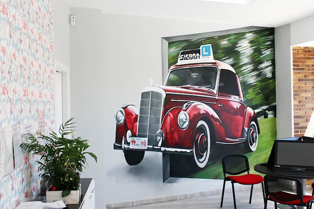 Graffiti mural coche muro interior