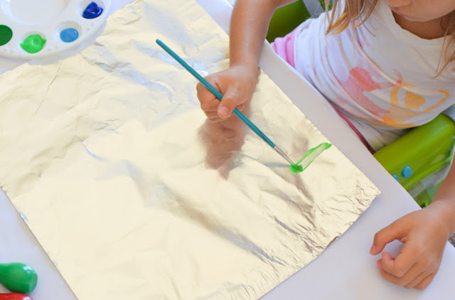 Ocean Foil Painting- make a beautiful sparkling ocean scene with this summer process art.  Fun project for preschool, kindergarten, or elementary.