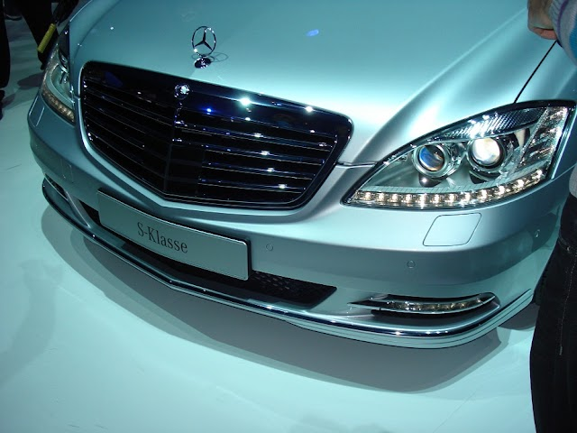 Mercedes-Benz S-Class test drive and review