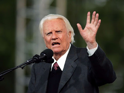 The Rev. Billy Graham, 99, Dies | Pastor Filled Stadiums and Counseled Presidents