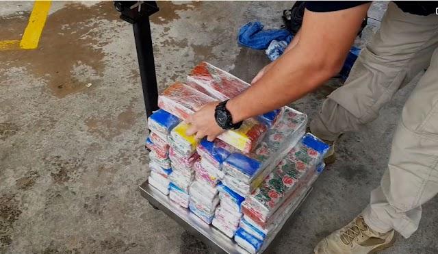 Até que a cela os separe: PRF prende casal transportando tijolos de maconha e é preso na BR-116