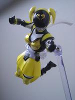 SH Figuarts Akiba Yellow 08