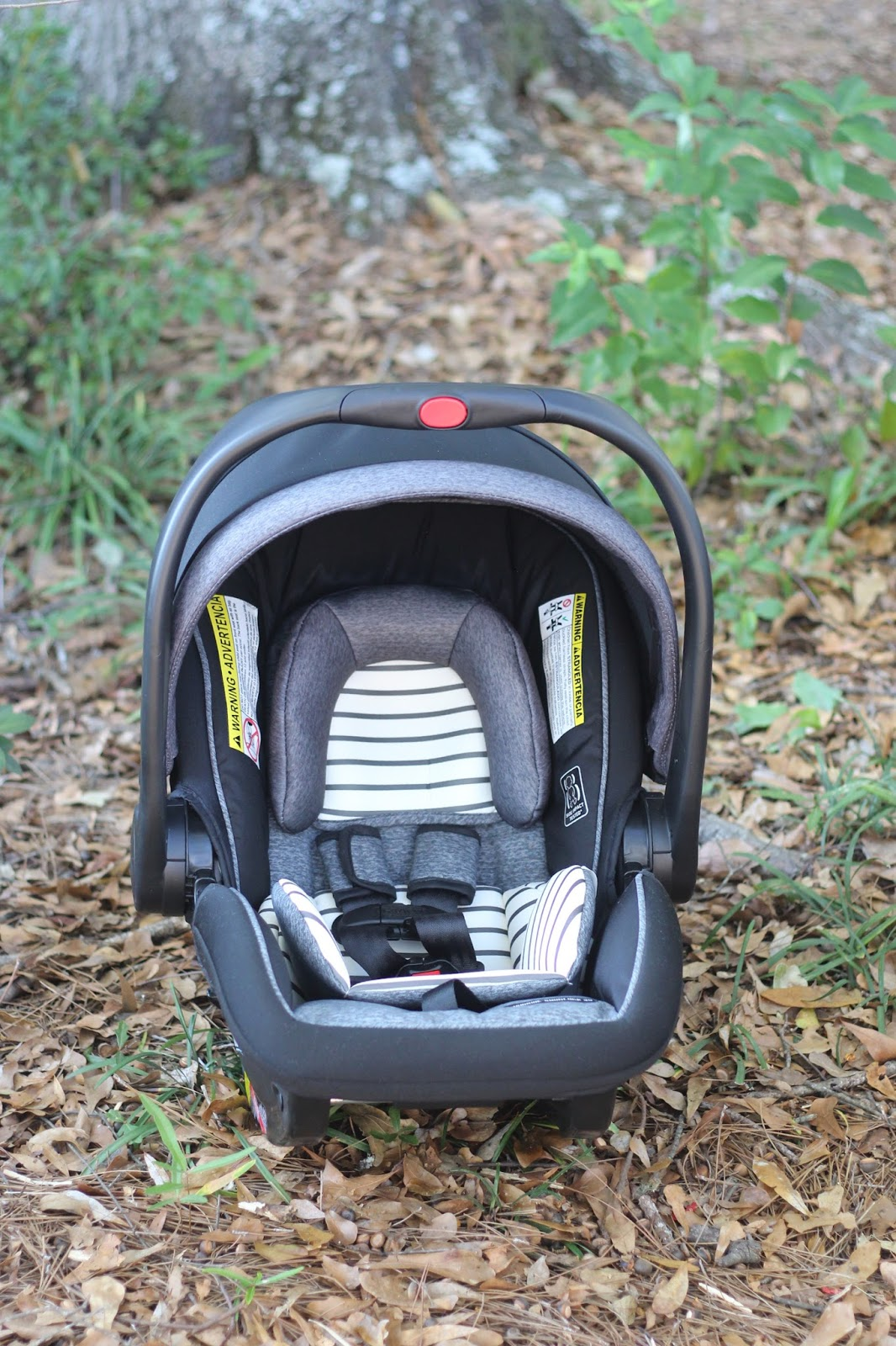 How to install the Graco®  SnugLock™ 35 DLX Infant Car Seat