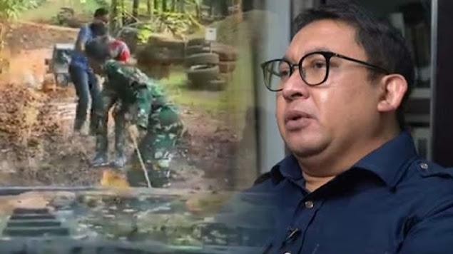 Warga Tionghoa Naik Heli Polisi hingga Mobil Mogoknya Ditarik TNI, Fadli Zon: Saya Merasa Terusik!