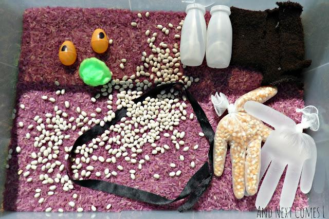 Gruffalo sensory bin for toddlers and preschoolers
