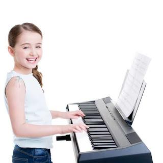 Cách khích lệ cho trẻ em khi chán học đàn piano