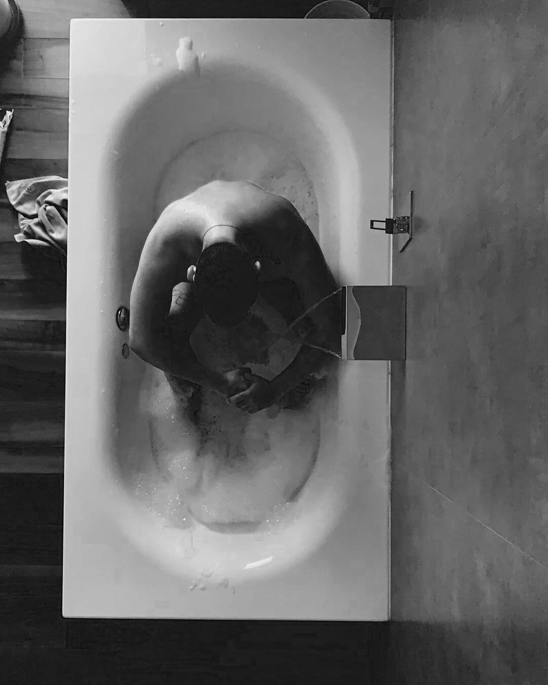 BathTubE, by VF.