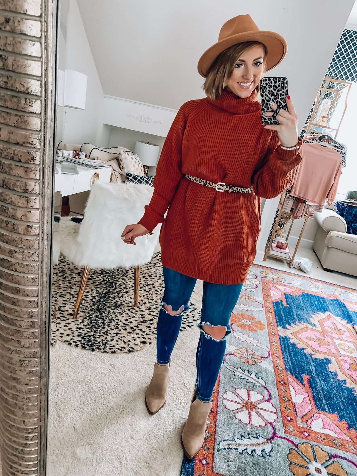 Recent Amazon Finds: $33 Oversized Sweater - Something Delightful Blog #fallstyle #affordablefashion #amazonfashion