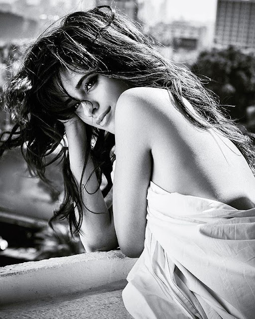 Camila Cabello Hot & Sexy pics