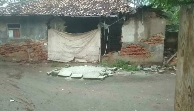 Diterjang Hujan dan Angin, 1 Rumah di Desa Kedung Roboh