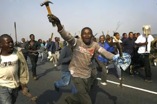 News: South Africans launch fresh attacks on Nigerians, kill two