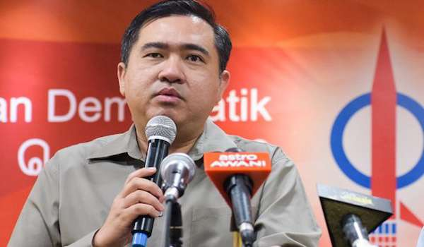 Kit Siang dan DAP tunjukan tanda-tanda panik