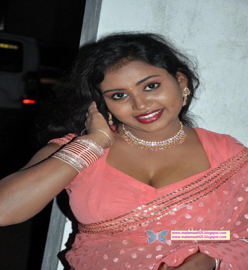 Mallu Bhabhi Nalini Hot Busty Boobs In Pink Blouse Hot ...