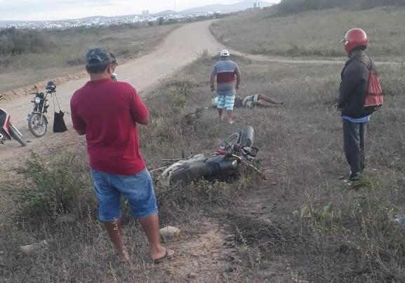 Dois acidentes deixa uma pessoa gravemente ferida nesse domingo (23), na zona rural de Brejo da Madre de Deus