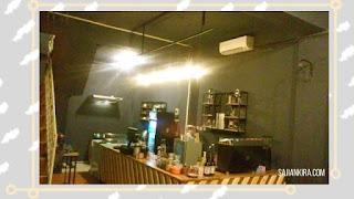 Suasana-Kolase-Coffee-Lantai-Satu