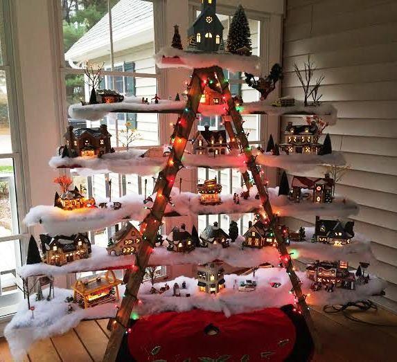 13 Ideas De Como Decorar Con Escaleras En Esta Navidad Cositasconmesh - Ideas-decorativas-navideas