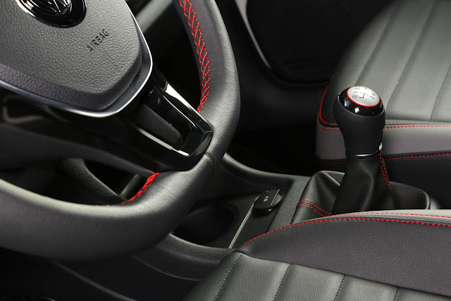 VW Up! TSI 2018 Pepper - interior
