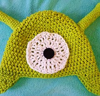 http://www.ravelry.com/patterns/library/futurama-brain-slug-hat