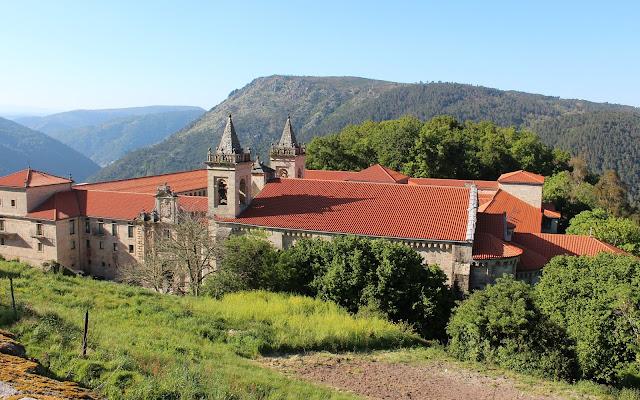El monasterio de Santo Estevo de Ribas del Sil en la Ribera Sacra, Orense