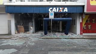 Bandidos explodem Agência da Caixa Econômica, em Bezerros