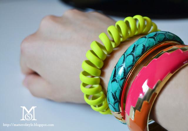 84299089e0e73 Bracelet Rubber Galleries: สิงหาคม 2013