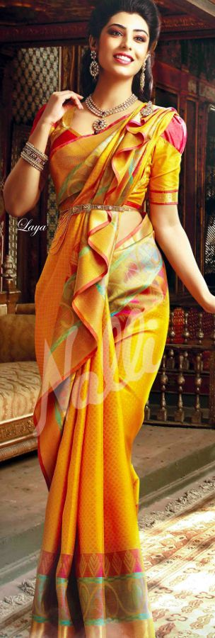 saree draping ideas, how to wear saree, different styles to wear saree, diffrent styles to drape saree, alag style me saree