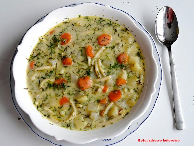 Zupa koperkowa z ziemniakami i kalarepką - Czytaj więcej »