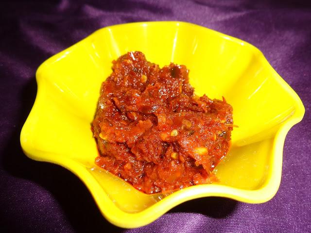 spicy garlic fried chutney