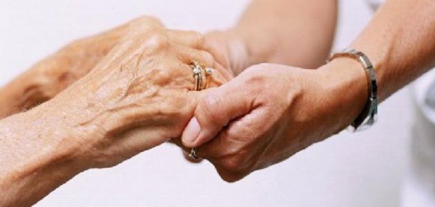 ميثاق حول رعاية المسنين وحسن معاملتهم