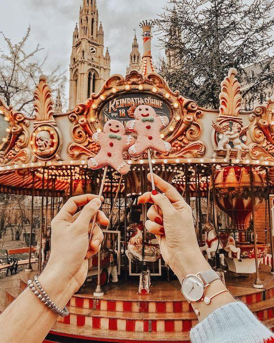 friends-holidays-prijatelji-blagdani-tradicija-journal-dnevna_doza_inspiracije