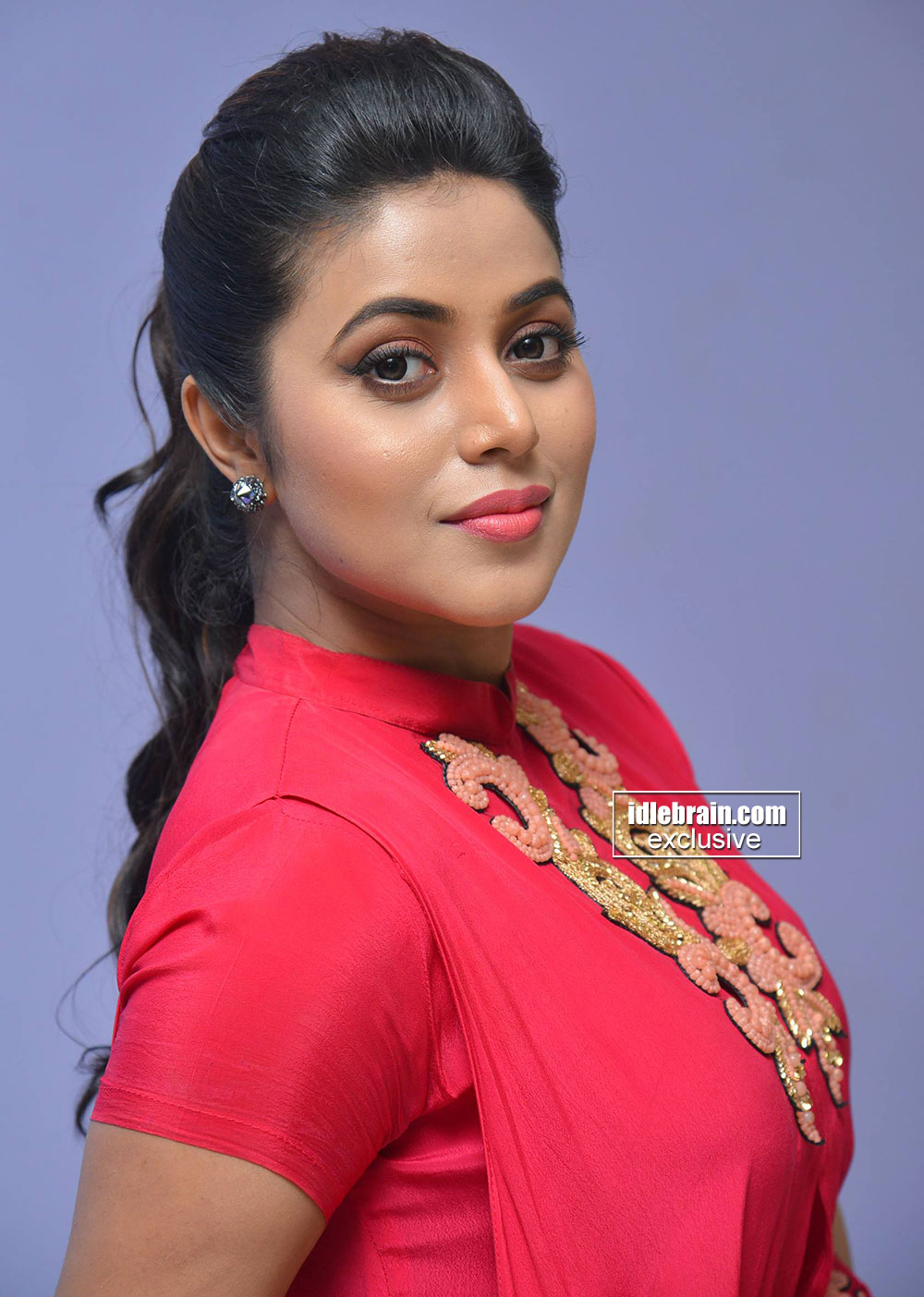 Mallufuncom Shamna Kasim Aka Poorna Latest Photo Shoot