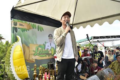 Plt Bupati Nur Arifin Hadiri Kontes Durian Trenggalek 2019