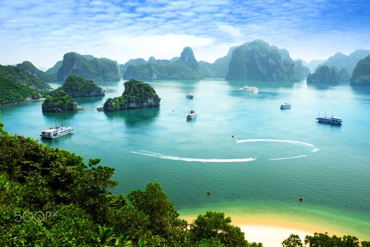 8 Things to See and Do in Vietnam - 8 Things to See and Do in Vietnam