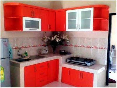 dapur minimalis ukuran 2x2 warna merah yang bagus