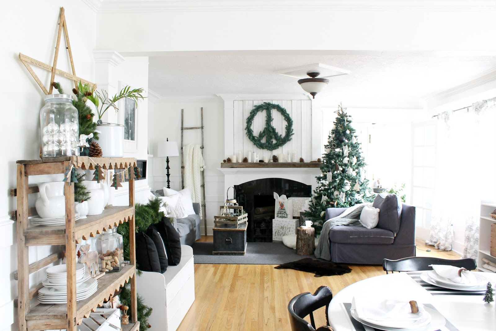 Cozy Christmas Home Tour 2017 - The Wicker House
