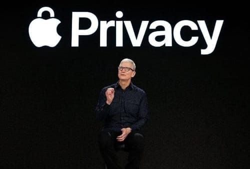 Apple warns of the dangers of installing unapproved apps