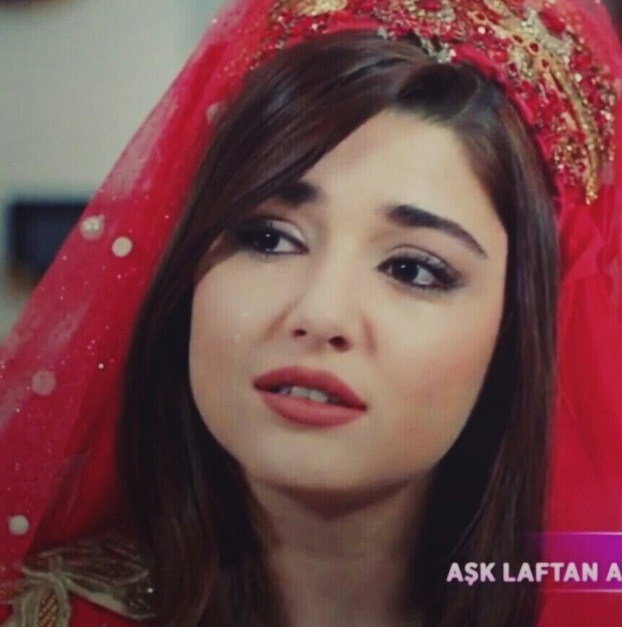 Hande Ercel Cute Expressions. She is Popular for her cuteness in Asian countries.