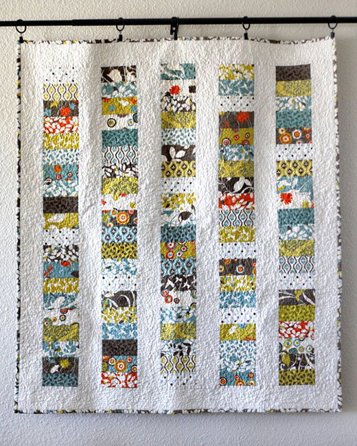 Stacked Coins Baby Quilt by Jodie of Sew Handmade, The Pattern designed by Amanda jean for Moda Bake Shop