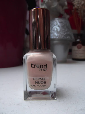 trend IT UP Lak na nechty Royal Nude