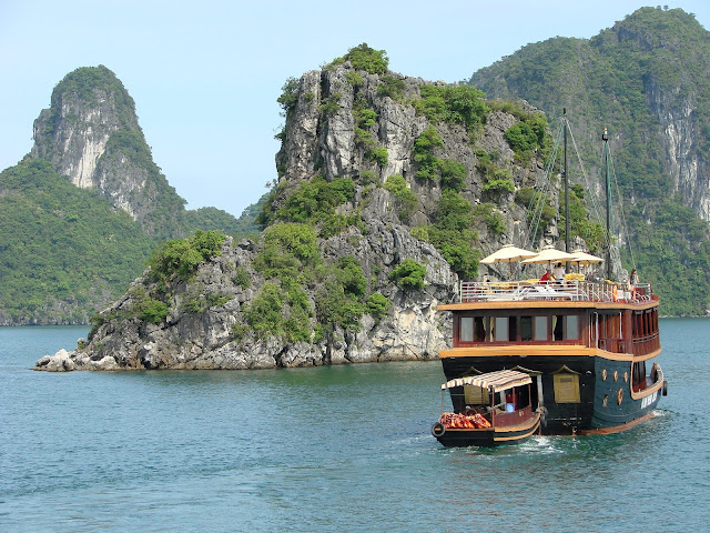 10 Adventurous Day Trips From Hanoi - Halong bay, Ninh Binh and more