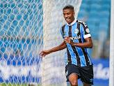 Meio-campista do Grêmio Jean Pyerre