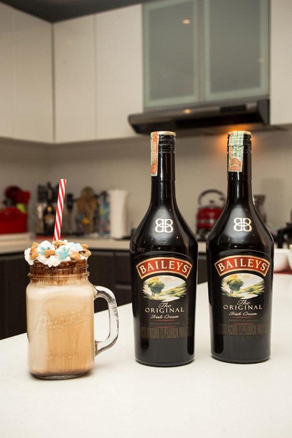 Chocolate-blanco-Baileys