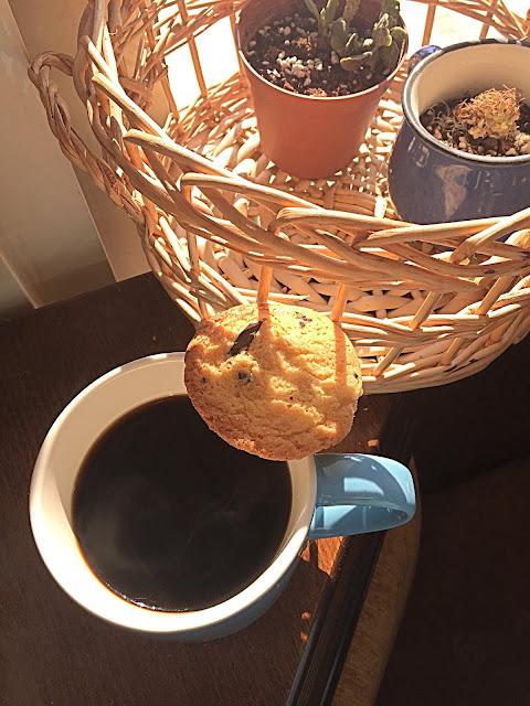 parça çikolatalı kurabiye