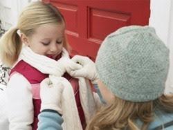Hướng dẫn chi tiết chăm sóc trẻ trong những ngày giá rét