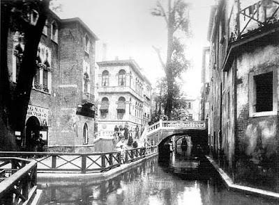 Tipico canale veneziano a Vienna
